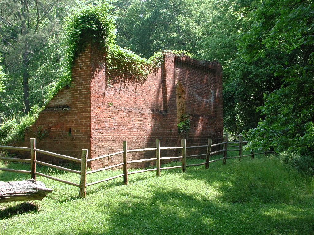 <div class='slider_caption'>		 <h1>Warehouse Ruins at The Shoals</h1> 			<a class='slider-readmore' href='http://lisamrussell.net/coming-this-fall/'>Learn more</a>
